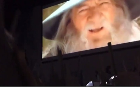 Hundreds of gamers sing in unison to popular Gandalf video