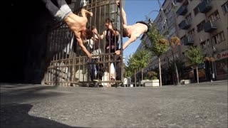 Street Workout Group With Superhuman Strength - Video