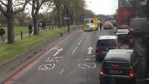 Woman Rescued From Car Crash In London - Video