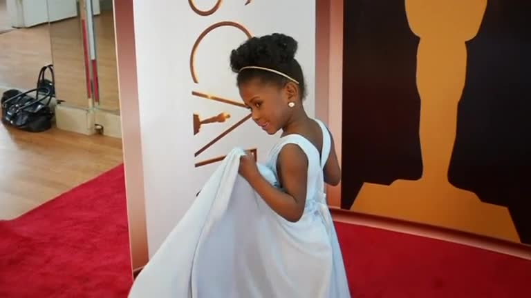 Pint-Sized Oscar Style - Video