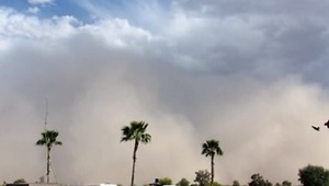 Dust Storm In Arizona (with Timelapse) - Video