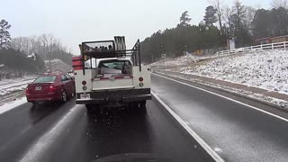 Motorcyclist Encounters Atlanta Snow Storm - Video