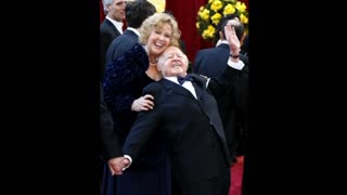 Mickey Rooney Dies At 93 - Video