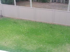 Golf ball sized Hail Stones on the Sunshine Coast, Australia - Video