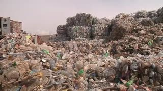 Oil-Rich Algeria Embraces Recycling - Video