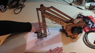 Robotic Arm With Impressive Writing Skills - Video