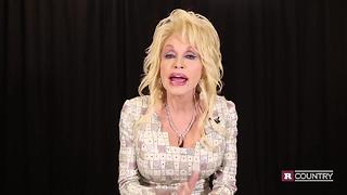Dolly Parton announces her fund to help the Tennessee wildfire victims | Rare Country - Video