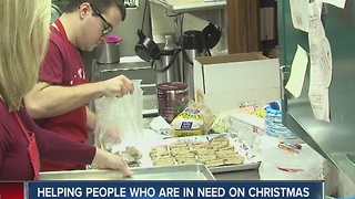 Helping people who are in need on Christmas - Video