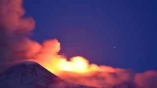 Stunning Footage Shows Mount Etna Eruptions - Video