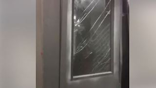 Injuries Reported After LIRR Train Derails in Brooklyn - Video