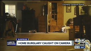 Home burglars caught on camera in Surprise - Video