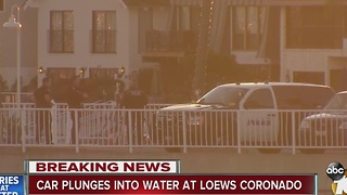 Car plunges into Coronado Bay - Video