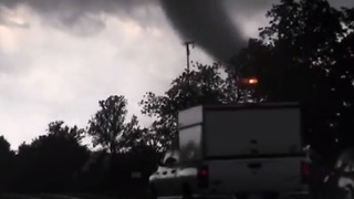 Storm Chaser Has Close Call With Tornado in South-Central Oklahoma - Video