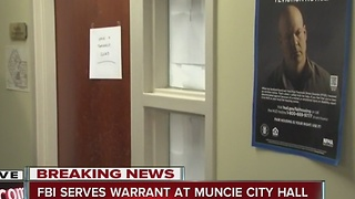 FBI conducting investigation at Muncie City Hall - Video