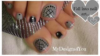 How to give yourself a grey fishnet pedicure - Video