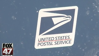 Holidays leave post offices packed - Video