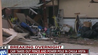 Car slams into fence, shakes Chula Vista family out of bed - Video