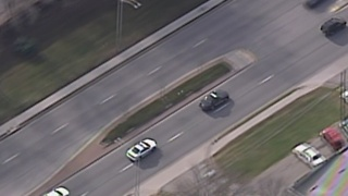 Police arrest driver after chase - Video