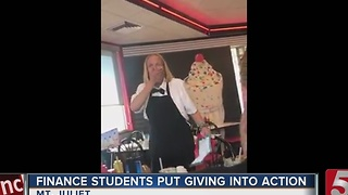 Waitress Gets Christmas Surprise From Students - Video