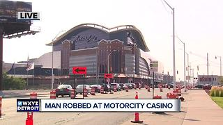 Man talks about being robbed in casino restroom moments after winning $5K - Video