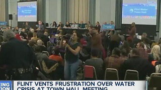 Flint vents frustration over water crisis at town hall meeting - Video