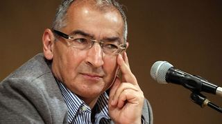 Sadegh Zibakalam's speech about corruption in Iran - Video