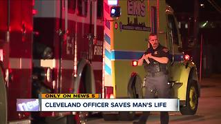 Cleveland Police Officer and Baldwin Wallace pre-med student saves man's life - Video