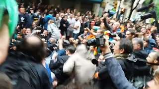 Police Use Batons to Disperse Crowd in Barcelona After Referendum Vote Violence - Video