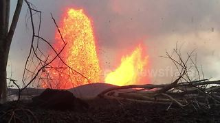 Lava rocks rain down from sky in Leilani Estates - Video