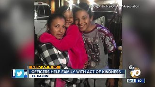 Officers help family with act of kindness - Video