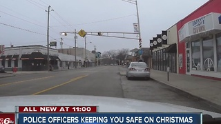 Police officers on patrol on Christmas to keep you safe - Video