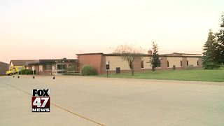 Opinions clash over transgender bathroom policy at school board meeting - Video