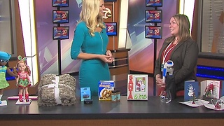 Holiday gift ideas from Twelve Oaks Mall - Video