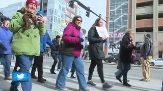 Hundreds 'March for Our Lives' through Green Bay - Video