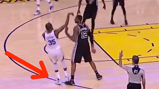 LaMarcus Aldridge COPIES Zaza Pachulia's Closeout Move Against Kevin Durant - Video
