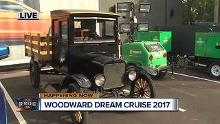 Dream Cruise 2017: Ford celebrates 100 years of Ford trucks - Video