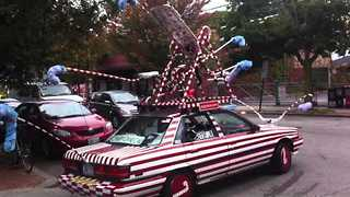Man Drives Candy Cane Car Around Rhode Island - Video