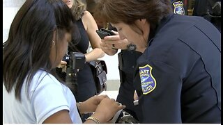 Stuart police officers, visually impaired students team up on special holiday mission