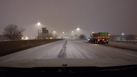 Lake Effect snow shuts down ahead of the Thursday morning commute