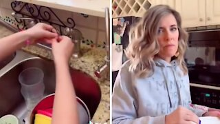 Kids pull off epic water faucet prank on their mom