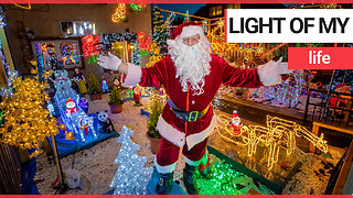 A real-life Santa decked out his home in 3,000 Christmas lights - Video