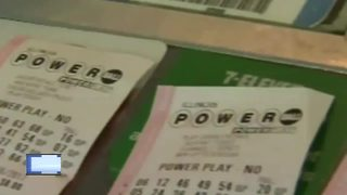 Winnebago County woman claims Badger 5 jackpot - Video