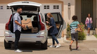 Amazon Can Now Deliver Packages To Your Car - Video