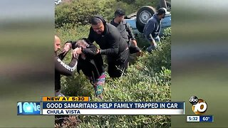 Good Samaritans help family trapped in car