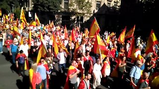 Thousands March for Spanish Unity in Barcelona - Video