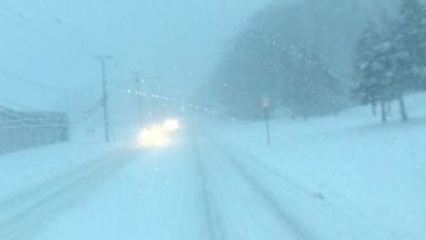 Snow Affects Driving Conditions in Detroit