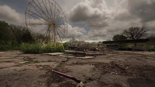 The best abandoned amusement park to photograph - Video