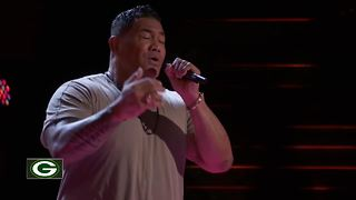 Former Packers lineman auditions for The Voice - Video