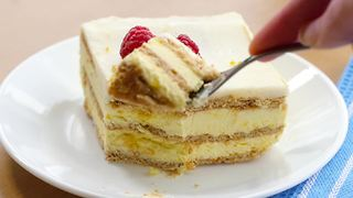 How to make lemon icebox cake - Video