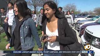 Del Norte students hold gun forum
